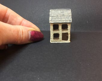 Miniature micro dollshouse for a dollshouse 1/12 or large 1/24th scale