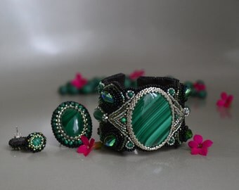 Malachite jewelry Set, Malachite embroidered bracelet