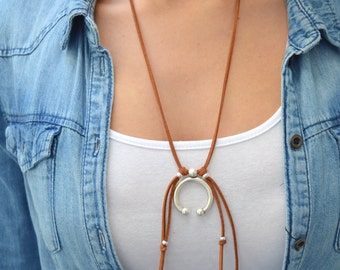 Silver Horn Crescent Suede leather necklace, Navajo Indian Necklace Jewellery, Bohemian Suede Choker, Tie Up Bolo Wrap Free People Necklace