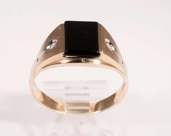 10K Yellow Gold Mens Black Onyx and Diamond Ring, Size 11.5