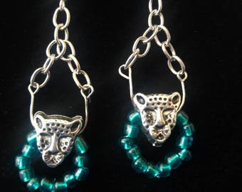 Aky67 Jaguar Dangling earring