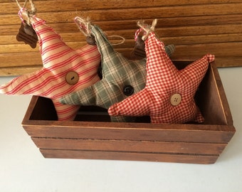 Set of 3 Homespun Star Ornaments/Fillers with rusty bells. Perfect accent for your country, prim or rustic decor-s307