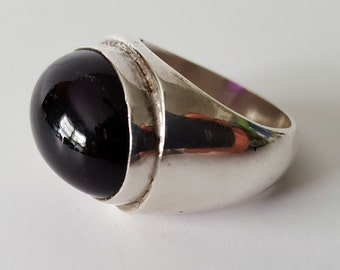 Vintage .925 Silver and Amythest Ring, Size 9.5, large amythest cabochon ring