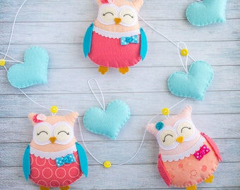 Owl garland Heart garland Owl room decor Coral owl Present owl Nursery decor Owl wall hanging Baby gift Kids garland Cute owls Felt animals