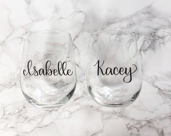 Personalized Wine Glass, Bridal Party Wine Glass, Bridesmaid Gift, Girls Weekend Wine Glass, Bachelorette Party Favor, Birthday Gift For Her