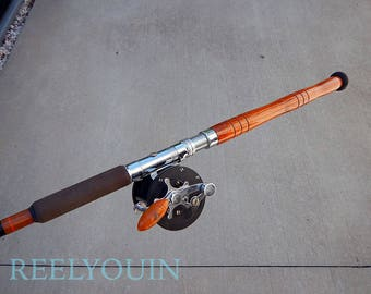 BEAUTIFUL Danielson 2 piece trolling rod with Penn Delmont 285 reel...EXCELLENT condition!
