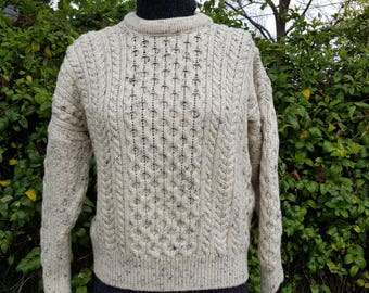 Country Collection wool Irish  knit Aran fisherman pullover sweater off white men's size medium made in Ireland