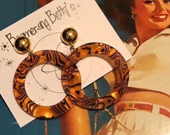 Tiger stripe med/large drop hoop earrings