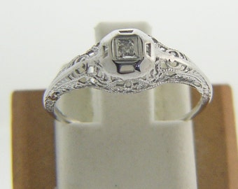 Estate 14 Karat White Gold Filigree Diamond Ring Size 5 1/2 Vintage ADR-37