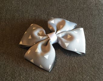 Gray with White Triangles Hair Bow