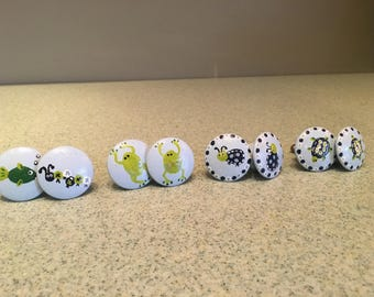 Hand-painted childrens drawer pulls - set of 8
