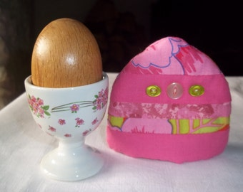 Spring pinks  EGG COSY