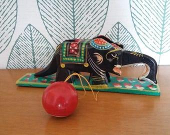 Puppet elephant / object ethnic vintage