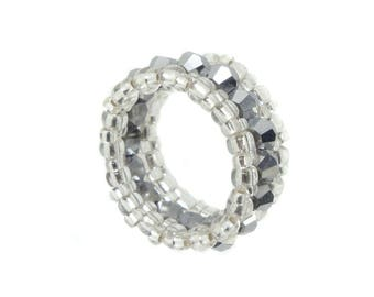 Memory ring - Crystal cut glass - Jet Hematite / silver - approximately 10 mm wide (BS-1334)