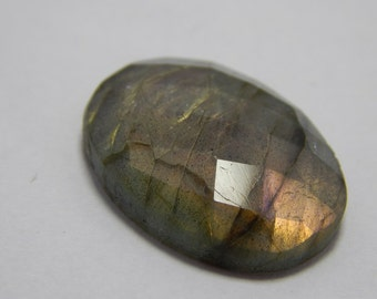 Natural Labradorite Gemstone Faceted Loose Cabochon Oval Shape Coper Power Flash  Size : 18X25 MM Approx Best Quality On Wholesale Price.