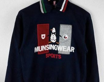 RARE!!! Munsingwear Grandslam Sports Big Logo Embroidery Multicolour SpellOut Polos Sweatshirts Hip Hop Swag M Size