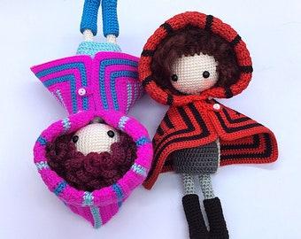 English: Crochet Doll Pattern-Kayla C 凯拉 C (Cloak Girl)