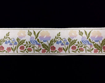 VINTAGE EMBROIDERED TRIM Decorative Fabric Border Trim For Cushions, Curtains, Crafting and Home Craft Projects