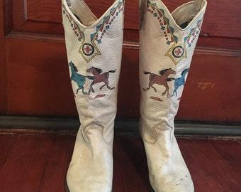 Vintage Southwestern Print Tan Cowboy Cowgirl Boots Size 7