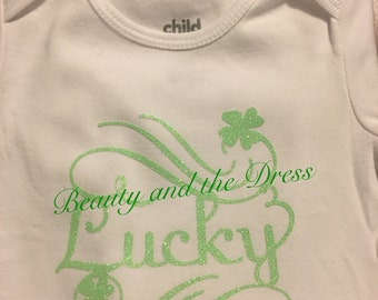 Lucky onesie, st.patricks day onesie, st. pattys day onesie, st. Patricks day, green glitter onesie, lucky shirt, shamrock onesie