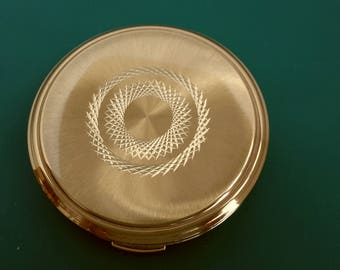 Vintage Powder Compact with Beautiful Engine Turned Decoration c1950s 1960s