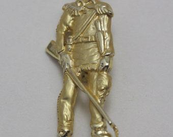 Vintage West Virginia Mountaineers Pin, West Virginia University Mascot, WVU Mountaineers, Vintage Brooch, Vintage Pin