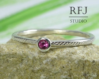 Dainty Textured Lab Ruby Silver Ring, Pink CZ 2 mm Silver Ring With Texture, Cubic Zirconia Pink Ruby Ring, 925 Silver Tiny Hammered Ring
