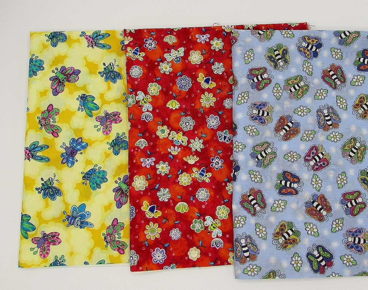 Bees cotton fabric bundle kid novelty bug prints 3 pieces for Kids novelty fabric