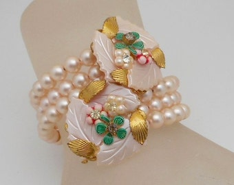 Vintage Faux Pearl & Mother of Pearl Memory Wire/Coil Wrap Bracelet