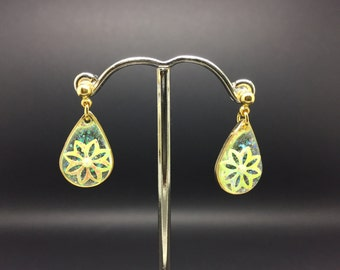 Green Flower Sequin Drop Earrings