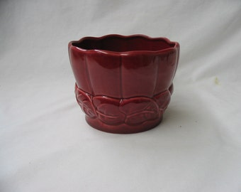 Vintage 1950's 1960's Red Wing Flower Pot Maroon Red B1403