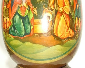 icons painted on wooden eggs 1