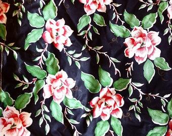 1950's Wash bag, Toiletry bag, swim bag, make up bag, oriental design, black, red, green flowers.