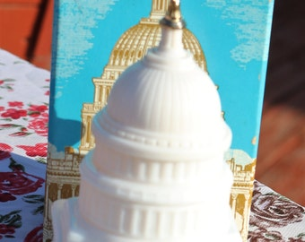 Vintage Avon State Capitol/Milk Glass/Box/Wild Country After Shave Decanter