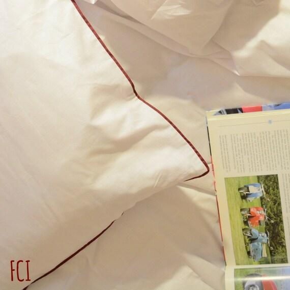 White Burgundy Bedding Set of 3 or 4 pcs - 1 or 2 Pillow Cases, Flat Sheet and Duvet Cover Single Set