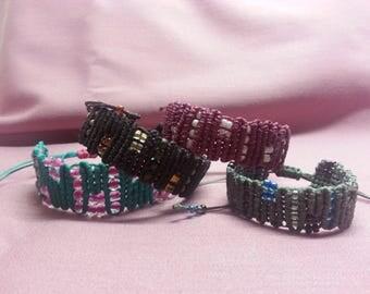 Snaky ZigZag Lines Bracelet