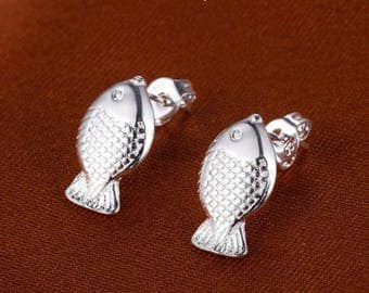Special promotion: 4 pairs of Silver stud fish earrings