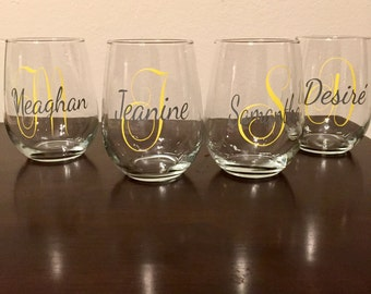 Personalized Initial & Name Wine Glasses/Stemless Wine Glasses