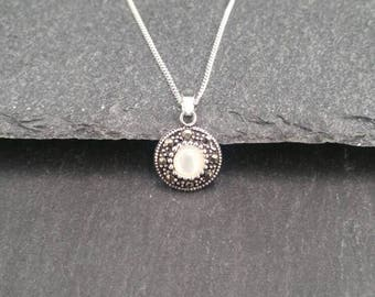 Genuine 925 Sterling Silver Marcasite And Fresh Water Pearl Unique Necklace Pendant Gift Wrapped
