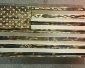 U.S. flag challenge coin holder.