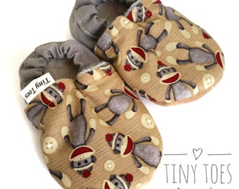 cloth baby shoes, soft sole booties, baby shoes sock monkey , soft sole shoes,  grey, booties, baby christmas gift, baby shower gift