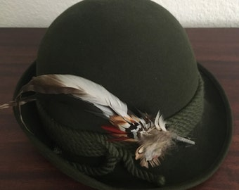 Authentic Hunter Green Dolomiten Hut Hat with Feathers