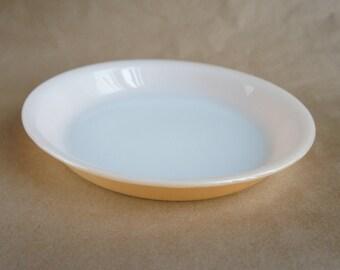 Vintage Fire King Pie Plate - Peach Luster Pie Plate - Milk Glass Pie Dish - Pie Baking Dish - Vintage Glass Pie Dish - Vintage Fire King