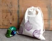 Purple onion medium size canvas drawstring bag for shopping