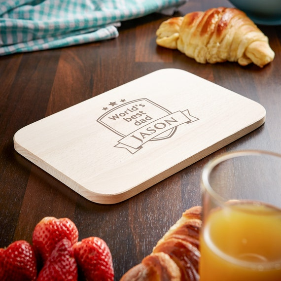 Sycamore Cutting Board – Beautifully Engraved - World's Best Dad/Grandpa - Heraldic Design – Personalised With Name Of Your Choice