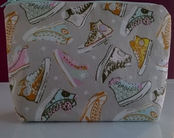 Sneakers/trainers makeup bag, cosmetics bag, toiletries bag