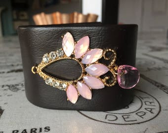 Brown cuff barcelet