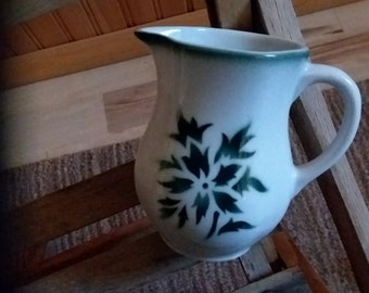 Green and white creamer from Finland by Aracin