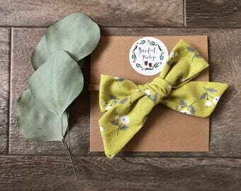 Lime green floral school girl bow/cute bow/baby girl bow/adorable bow