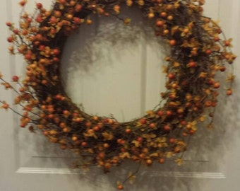 Fall wreath / front door wreath / door wreath / holiday wreath / berries wreath / halloween wreath